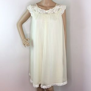 Vintage Yellow Babydoll Nightgown